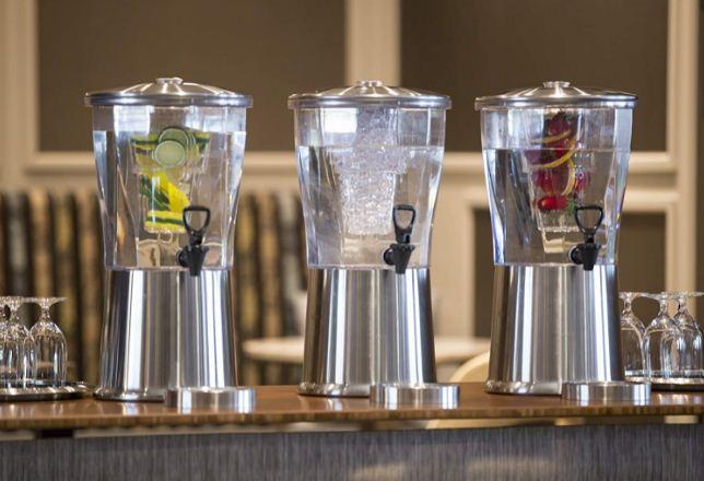 cold beverage dispenser commercial